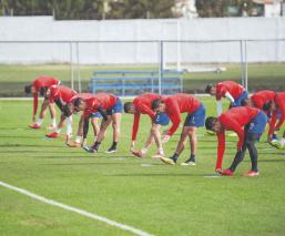 Jugadores de Chivas no temen a jugar la Copa por México, aunque haya riesgos por Covid-19