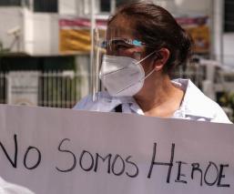 Más de ocho mil integrantes del personal médico en Edomex tienen Covid-19; han muerto 70