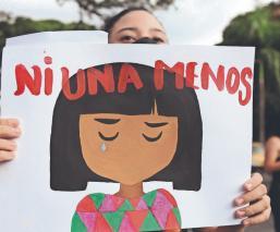 Colombia llora por la muerte de niña violada y expresa su repudio por los feminicidios