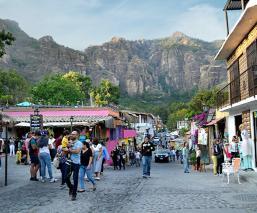Reabren negocios del Pueblo Mágico de Tepoztlán, pero restringen venta de alcohol