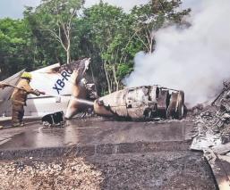 Jet venezolano cargado de droga se incendia y estrella, en Quintana Roo