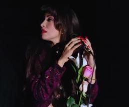 Por Covid-19, Netflix retrasa el estreno de la serie de Selena Quintanilla