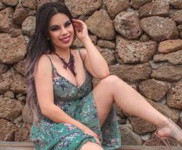 Lizbeth Rodríguez saca sus mejores pasos de reggaetón, con diminuto bikini