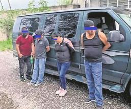 Atoran a 7 farderos tras salir de tienda en Morelos, escondían pantalones ¡en sus pantalones!