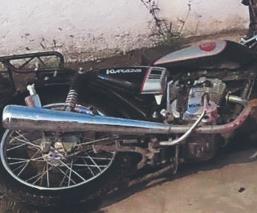 Biker muere y queda irreconocible, tras ser embestido por automovilista en Edomex