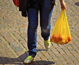 Prohibirán uso de bolsas de plásticos y popotes a partir del 20 de julio en Sinaloa