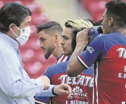 Técnico del Rebaño Sagrado lanza advertencia a las Águilas en la Copa por México