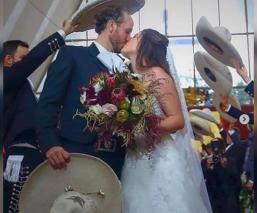 Hija de Alejandro Fernández se casa en medio de la pandemia, Chente se quedó en casa