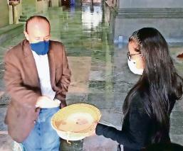 Limosnas en las iglesias ya pueden darse vía electrónica, en México