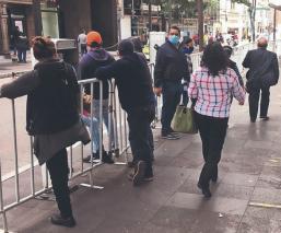 Vuelven a cercar el Centro de Toluca, por incremento desmedido de visitantes