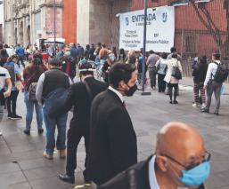 Con filas interminables, Tribunal Superior de Justicia de la CDMX reabre sus puertas