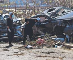 Libaneses luchan por encontrar sobrevivientes entre escombros , tras explosión en Beirut