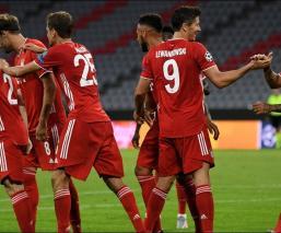 Festejo del Bayern durante los Octavos de Final ante Chelsea