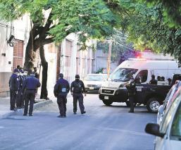 Hallan cuerpo de un hombre envuelto en cobijas y bolsas en la alcaldía Miguel Hidalgo