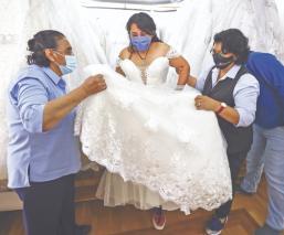 Amor vence al Covid, novios aplicarán medidas sanitarias para casarse en Morelos