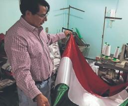 Covid pone en jaque a artesanos de banderas en Edomex, por riesgo de cancelar el Grito