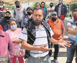 Tianguistas acusan a alcaldesa del Edomex de pedir pago extra para dejarlos vender