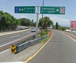 Abandonan cadáver de hombre embolsado junto a la autopista Cuernavaca-Acapulco