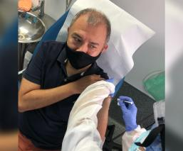 Conoce a Ernesto, el primer mexicano vacunado contra Covid-19