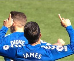 El colombiano James Rodríguez se estrenó este sábado como goleador en la Premier League