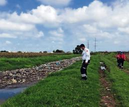 Basura satura ríos y canales en el Edomex, autoridades advierten de inundaciones