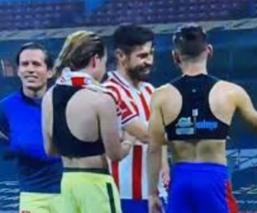 Claudio Suárez se molesta con Oribe y Antuna por bromear con jugadores del América