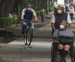 México suma 75 mil 439 muertes por Covid y los datos más allá de la conferencia de Gatell