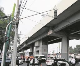 Ciclista muere atropellado sobre la avenida Tláhuac, autoridades revisan cámaras de seguridad