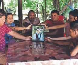 Aldo Gutiérrez, el normalista que sobrevivió a la noche de Iguala y venció al Covid-19