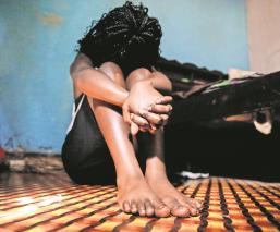 Covid-19 lleva a las niñas a la prostitución, en Kenia son violadas y golpeadas