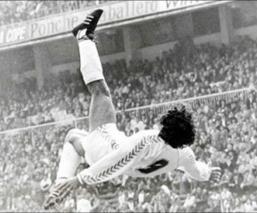 A Hugo Sánchez le pareció incongruente no sólo que la revista France Football lo haya ignorado en sus nominaciones al Dream Team de todos los tiempos