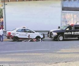 Conductor de un tractocamión embiste a motociclistas en el Edomex, ya está detenido