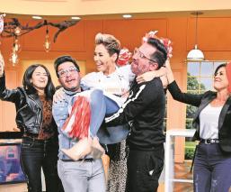 Sorprende Carmen Muñoz con su arte culinario, gana la primera semifinal de 'El gran chef'
