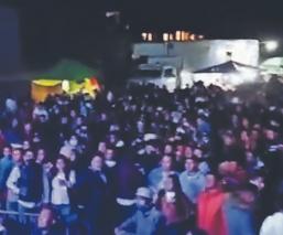 Arman baile y acuden más de mil personas sin medidas anti-Covid ni cubrebocas, en Edomex