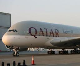 Hallan a bebé en baños de aeropuerto en Qatar y mujeres son sometidas a pruebas forzadas
