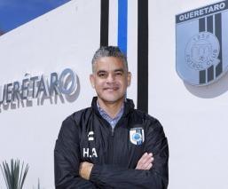 El 'Pity' Altamirano es el nuevo DT del Querétaro