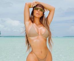 Kim Kardashian festeja cumpleaños en isla privada e internautas se burlan en redes