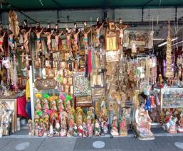 """""""El comercio popular está en desesperación"""": vendedores en la Basílica de Guadalupe"""