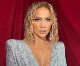 Jennifer Lopez se desnuda para anunciar nuevo material musical, 'In The Morning'
