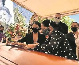 Hija de Flor Silvestre revela cómo se murió su mamá