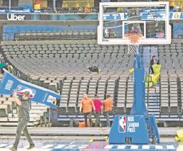 Jugadores de la NBA no quieren suspender la temporada ante azote de Covid