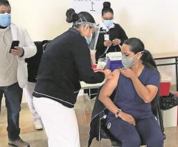 López-Gatell advierte que quien resultó alérgico a vacuna de Pfizer no recibirá segunda dosis