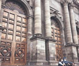 Templos religiosos del Edomex seguirán en cuarentena por Covid-19, un obispo está grave