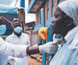 Países pobres podrían estar lejos de obtener la vacuna contra el Covid-19, advierte la OMS