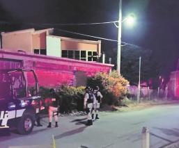 Sicarios balean a dos empleados de un autolavado cuando bebían cervezas en Morelos
