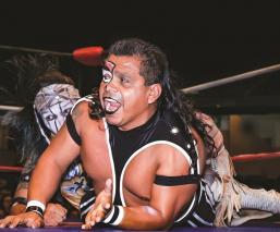 Virus se consolida como maestro en el CMLL y pide a nuevos valores respeto para el ring