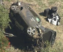 Tiger Woods sufre un fuerte accidente automovilístico