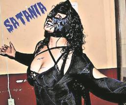 """Satania confirmó su participación en la función denominada """"Kalaveras y Rosas"""" en Tijuana"""