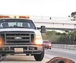 Chocan 2 vehículos contra caballo en la Autopista del Sol llevan a 7 lesionados a Acapulco
