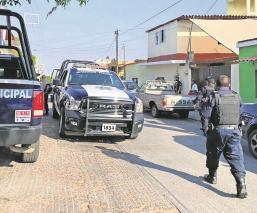 Tras asalto a farmacia, se desata intensa movilización policiaca en Morelos